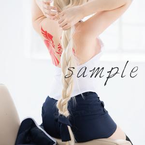 尊みを感じて桜井「聖女ジャンヌ・ダルク(私は、貴方に恋をしています。)」デジタル写真集