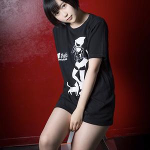 i Yuki Tシャツ (黒)