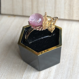 【宗三左文字イメージ】薄紅の蝶の指輪
